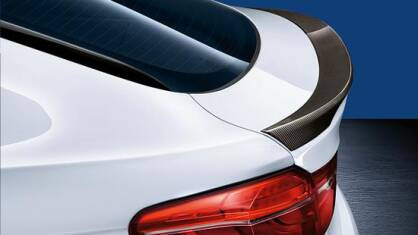 Spoiler tylny BMW Performance z carbonu F16